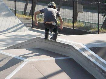 091223_市川塩浜第2公園スケートパークRIMG0065.jpg