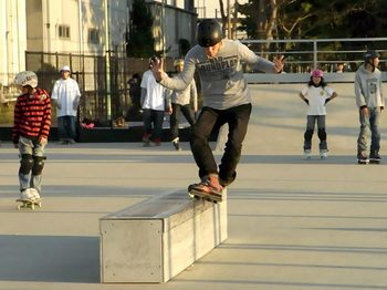 091223_市川塩浜第2公園スケートパークRIMG0085.jpg